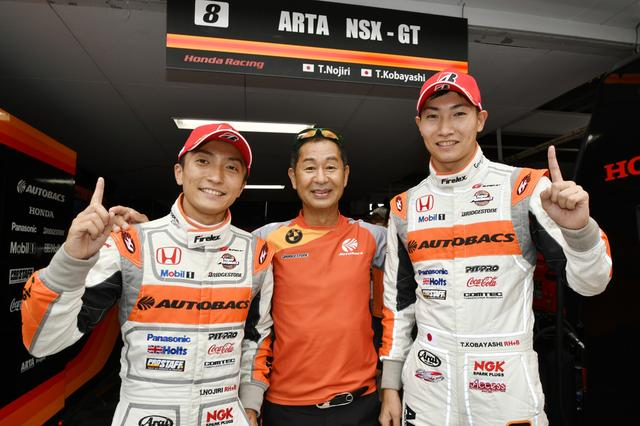 画像: 野尻智紀(左)、小林崇志(右)が共にセッショントップタイムでポールを獲得