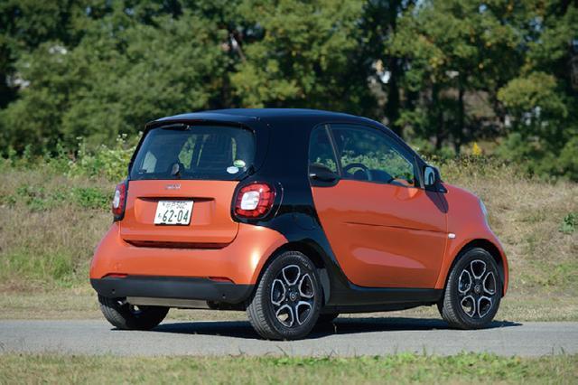 画像: 車両重量はわずか960kgということもあり、キビキビとよく走る。