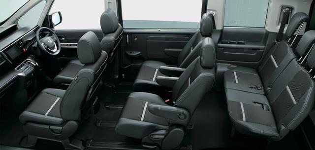 画像: ハイブリッドシステムはボンネット内と前席床下に収めることで 1405mmというクラストップクラスの車内高を確保している。