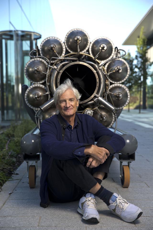 画像: ダイソン社の創業者であり、チーフエンジニアでもあるジェームス・ダイソン。