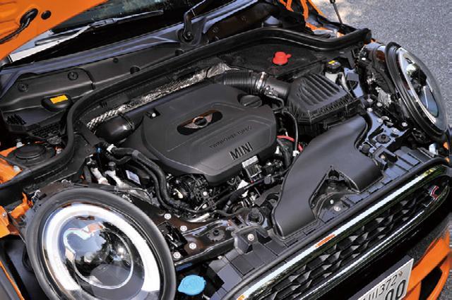 画像: 2Lディーゼルを搭載するクーパーSDはJC08モード燃費が23.8km/L