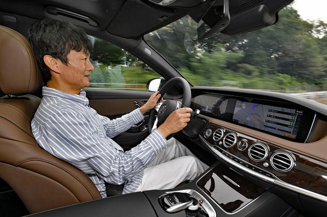 画像: ハイウエイクルージングでは、自動でレーンチェンジする運転支援システムも試すことができた。