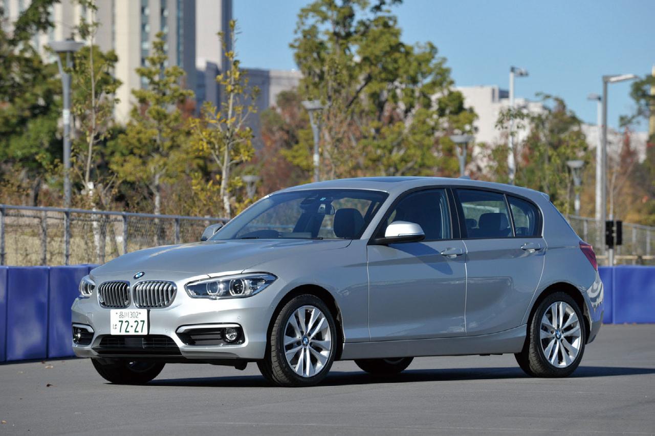 画像: BMW 120i スタイル。最高出力184psの2L 直4DOHCターボエンジンを搭載する。