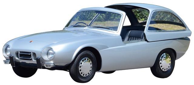 画像: トヨタ・スポーツ800の原型となったパブリカ・スポーツ。ドアではなく、スライド式のキャノピーを備えた個性的なモデルだった。