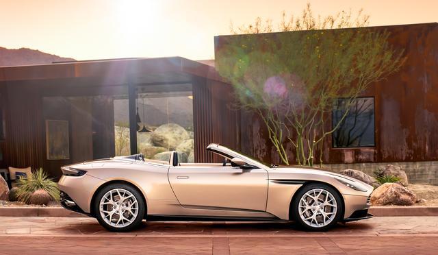 画像: アストンマーティン DB11 ボランテ。クーペより美しさが際立つボランテ。