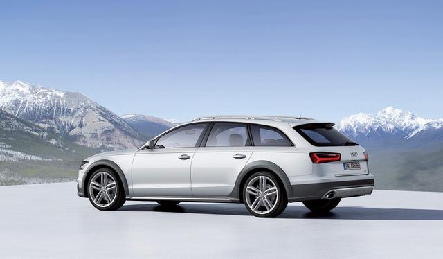 画像: ドライブセレクトで「オールロードモード」を選択すると車高が上がり、悪路走破性能が向上する。