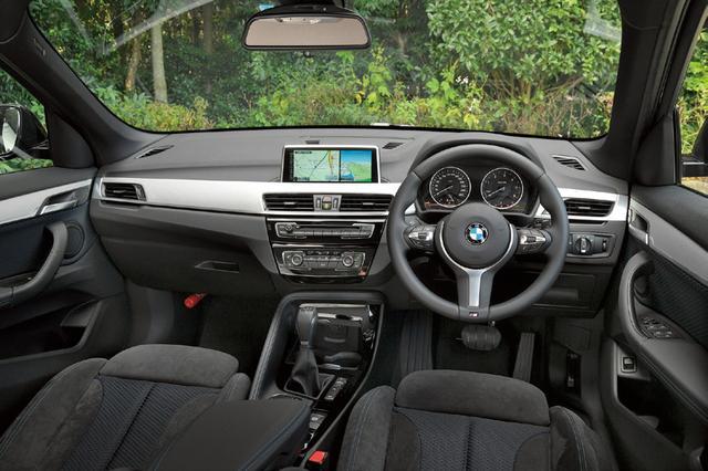 画像: 車高が高く、さらにアップライトにSUVらしくなったとにより視界が広くなった。キャビンスペースも拡大。