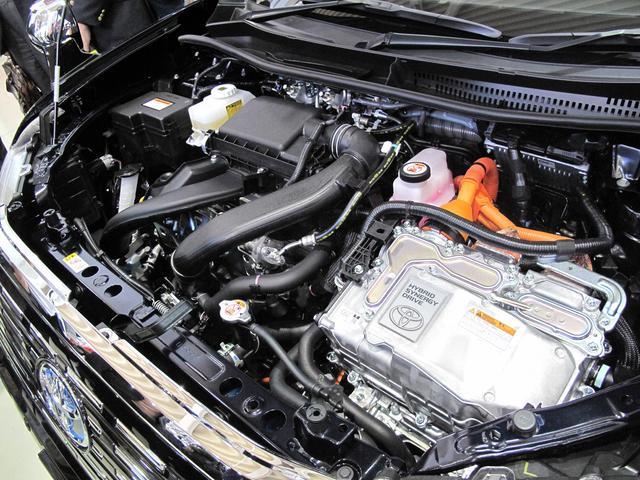 画像: エンジンはLPGエンジンとモーターのハイブリッド。