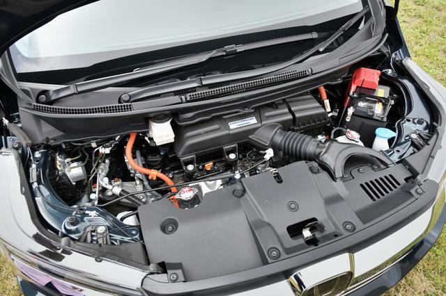 画像: アコードやオデッセイのものと基本システムは同じ、2Lエンジン+2モーター(ひとつは発電用)のハイブリッド。駆動方式はFFのみ。