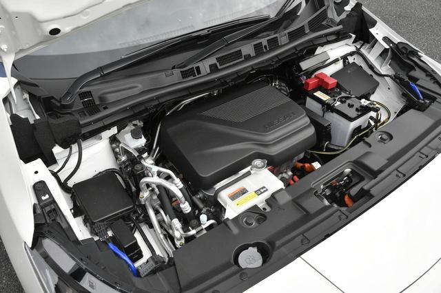 画像: 新型のeパワートレーンは最高出力110kW、最大トルク320Nmを発生。初代以上に「速っ!」と感じる加速性能だ。