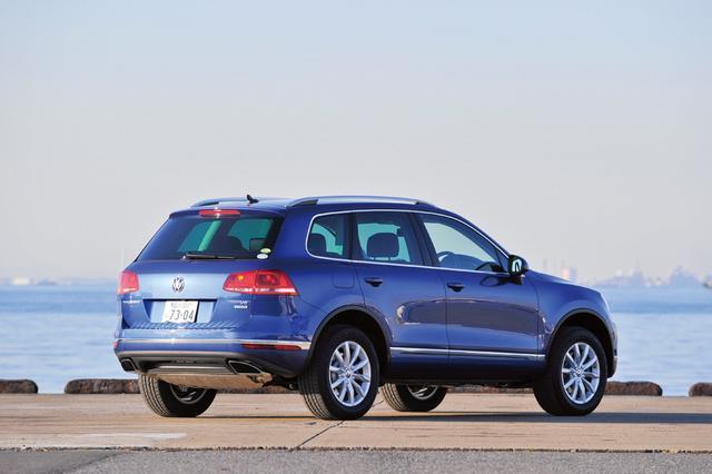 画像: 30km/h以上で走行中に、後方から接近する車両をドライバーに知らせる「サイドアシスト」を搭載する。