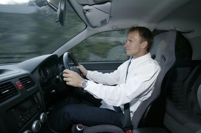 画像: 当時のSUBARUワールドラリーチームのエースドライバー、ペター・ソルベルグ選手も開発に参加。