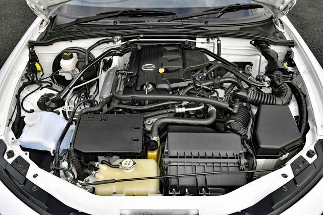 画像: エンジンはアテンザやアクセラにも搭載された2Lになり、大幅にパワーアップされた。