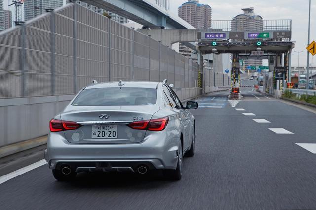 画像: もちろん、首都高速に乗るためのETCレーンも自動運転で通過できる。