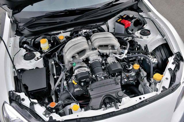 """画像: 86""""GRMN""""のエンジンは内部にも手を加え、最高出力は219ps、最大トルクは21.1kgmに向上。"""