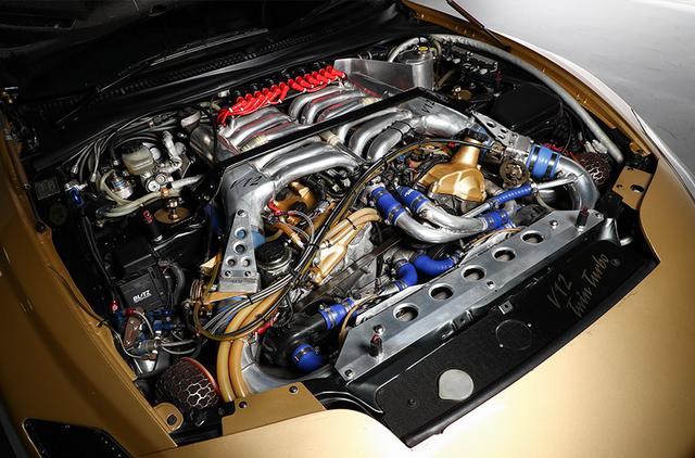 画像: V12のツインターボは943psを発生する。