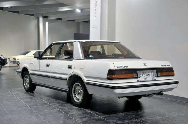 画像: トヨタ博物館が所蔵するMS125型ハードトップ(1986年)、全長×全幅×全高:4860×1720×1435mm、ホイールベース:2720mm、車両重量:1540kg、エンジン型式:直6DOHC、排気量:2954cc、最高出力:190ps/5600rpm。