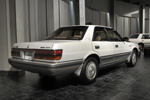 画像: トヨタ博物館が所蔵するMS137型ハードトップ(1988年)、全長×全幅×全高:4860×1745×1400mm、ホイールベース:2730mm、車両重量:1670kg、エンジン型式:直6DOHC、排気量:2954cc、最高出力:190ps/5600rpm。