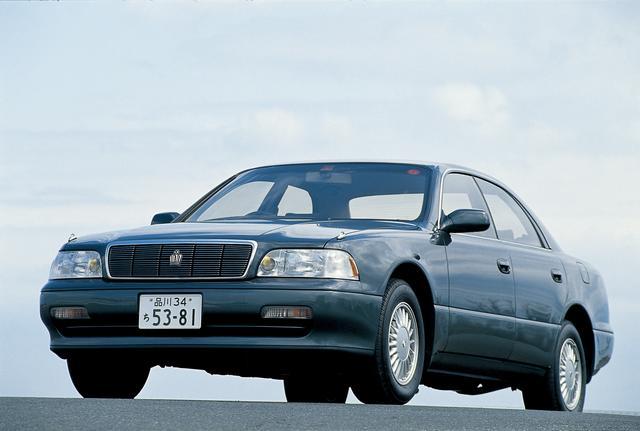 画像: この9代目で登場したのがクラウンマジェスタ。セルシオと双璧をなすトヨタのフラッグシップだ。