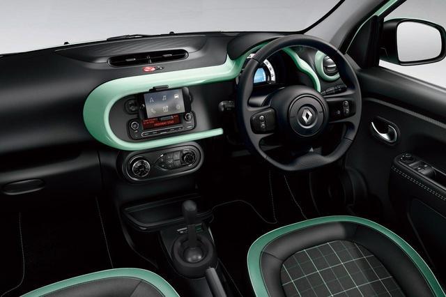 画像: インパネやシートなど内装も特別装備を採用。