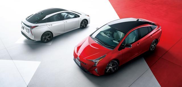 画像: 2017年の新車販売台数で1位となったトヨタプリウス。2017年11月に20周年記念車を発売。