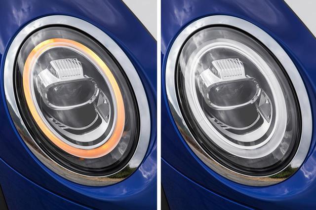 画像: ヘッドライトまわりも変更されている。左がウインカー点滅時、右がデイライト点灯時。