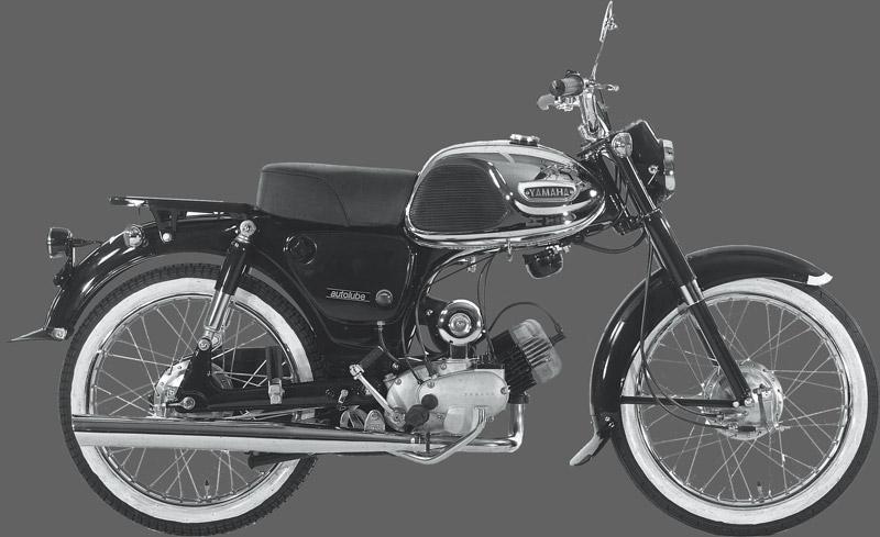 画像: 2サイクルエンジンのウィークポイントとされていたオイル消費量と排気煙を、オートルーブ機構で大幅に減らした。