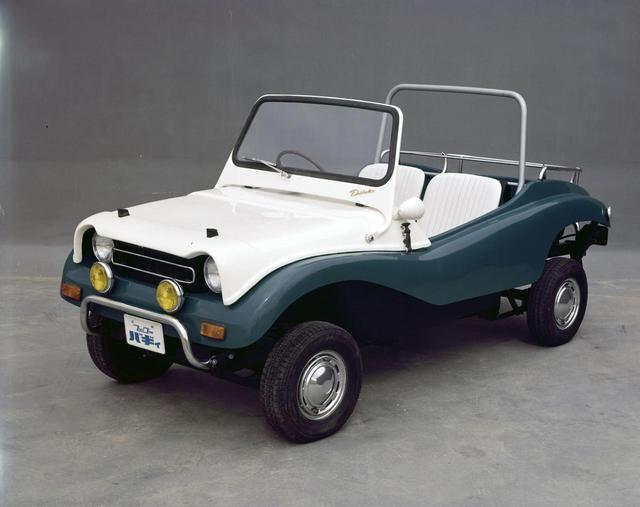 画像: フェロー・バギィ。ゴルフ場で見るカートのよう。