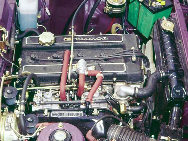 画像: 18R型をベースにDOHC化した18R-G型は1972年にマークII2000GSSに搭載された。写真はセリカLB2000GTに搭載されたもの。