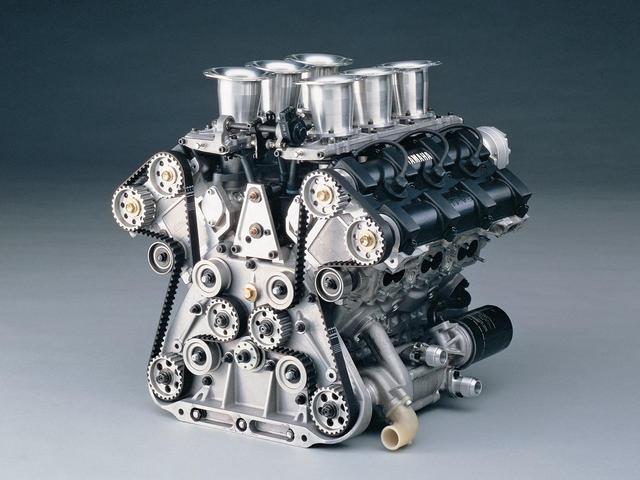 画像: OX66は5バルブヘッドを搭載したF2用のレーシングエンジン。85年に投入して好成績を残すと、翌年には市販。プライベーターたちに歓迎された。
