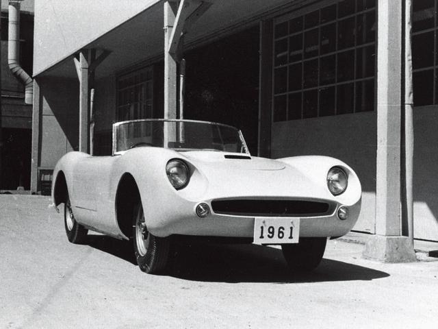画像: 1960年にヤマハが製作したプロトタイプカー「YX-30」。1.6LのオールアルミDOHCエンジン、スチール製角パイプのフレームを採用し、144km/hの最高速をマークしたという。
