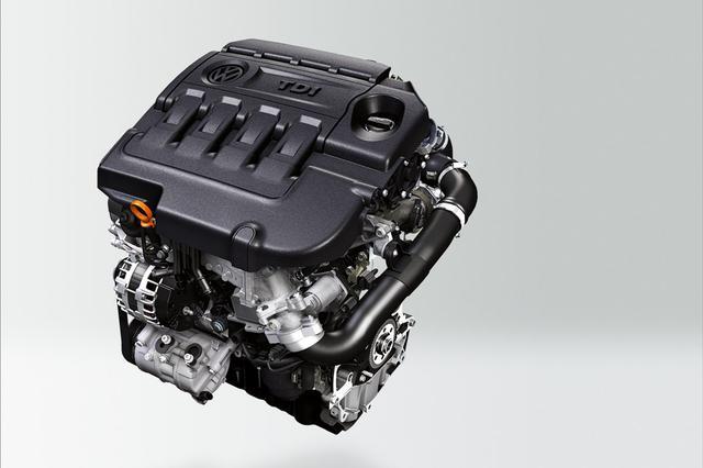 画像: 今回パサートシリーズに搭載された2L直4ディーゼルターボエンジン。