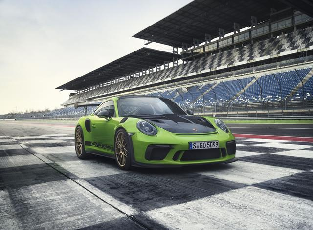 画像: ジュネーブショーで公開される新型ポルシェ911 GT3 RS。