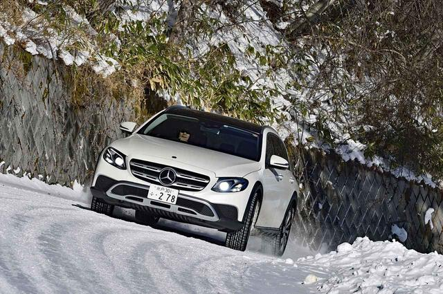 画像: 雪道を走る機会もあったが、乗りやすさは舗装路と何ら変わらず、不安なく走ることができた。(写真:堤 晋一)