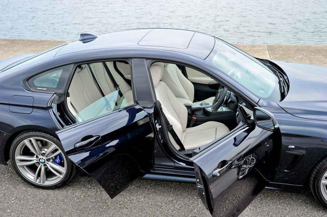 画像: BMW 4シリーズグランクーペのドアを開けたところ。サッシュレスドアを採用する最大の理由はかっこよさだ