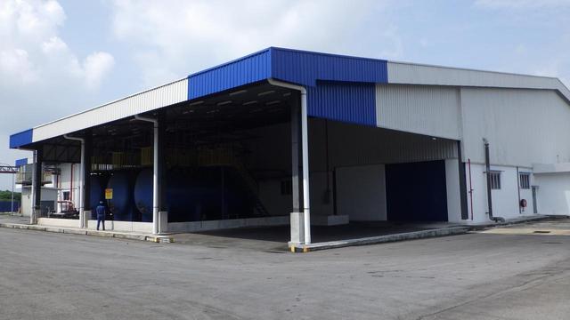 画像: 東洋ゴム工業マレーシアタイヤ工場敷地内にある研究開発設備棟。