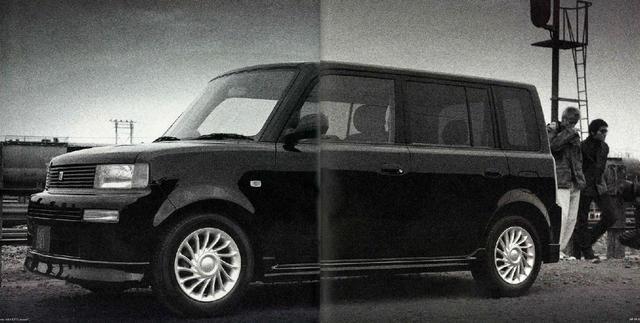 画像: SUVテイストはないが、どこか似たイメージのトヨタbB。(画像はカタログより)