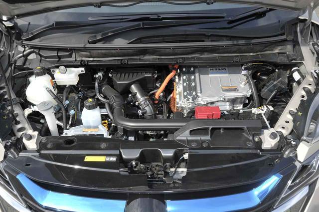 画像: 発電用エンジンは84ps/103Nmの直列3気筒1198cc。モーターは136ps/320Nm。このシステムはノートeパワーと同じ。