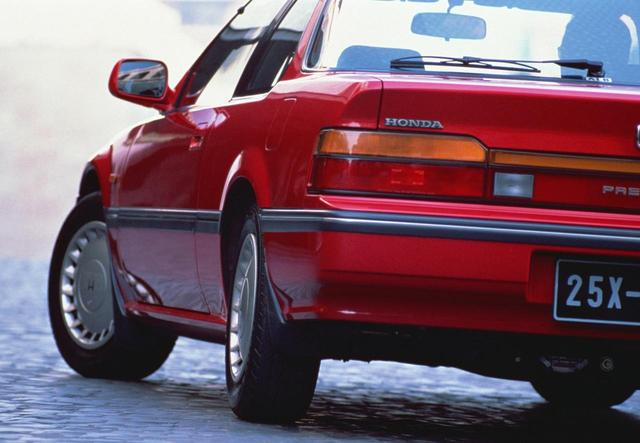 画像: 2.0Si。4WSは高速走行時は違和感がなかったが、低速時、とくに車庫入れのときにはドライバーのイメージよりも曲がるので、慣れるまでに違和感があったという。