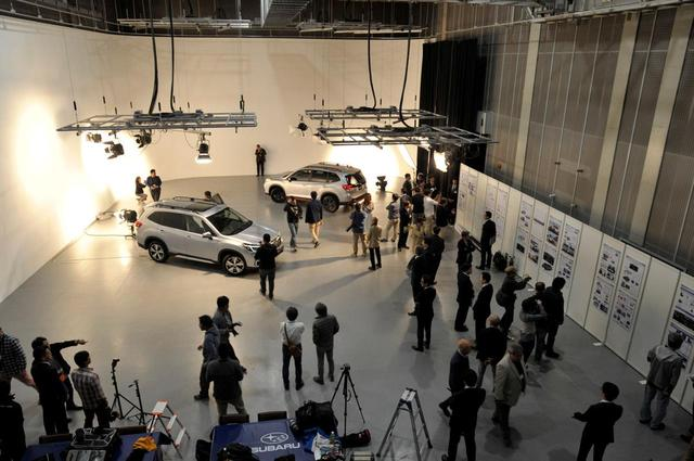 画像: 都内某所にあるスタジオで撮影会&技術説明会が開催された。