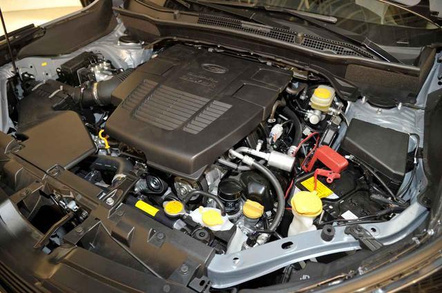 画像: 2.5L 対向4気筒NAエンジンは、184ps/239Nmを発生する。