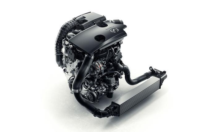 画像: 世界で初めて搭載された可変圧縮比エンジン。2L直4ターボ。
