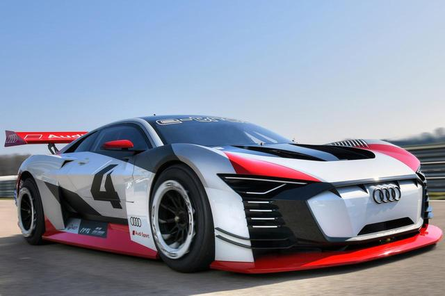 画像: EVレーシングコンセプト、アウディ e-tronビジョングランツーリスモが現実のサーキットを走行。