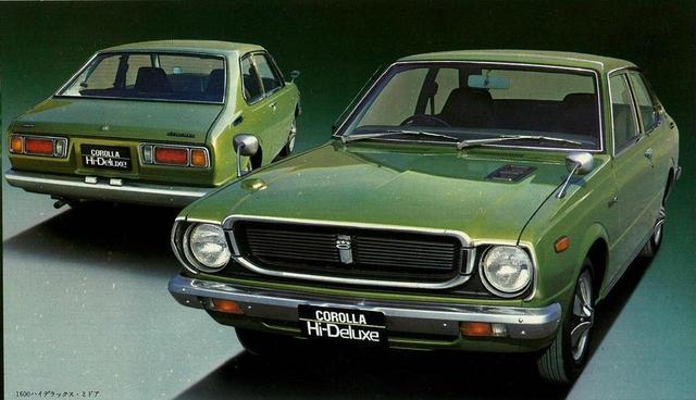 画像: 3代目カローラ1600ハイデラックス。このモデルから、カローラが車名別生産台数で世界一となった。