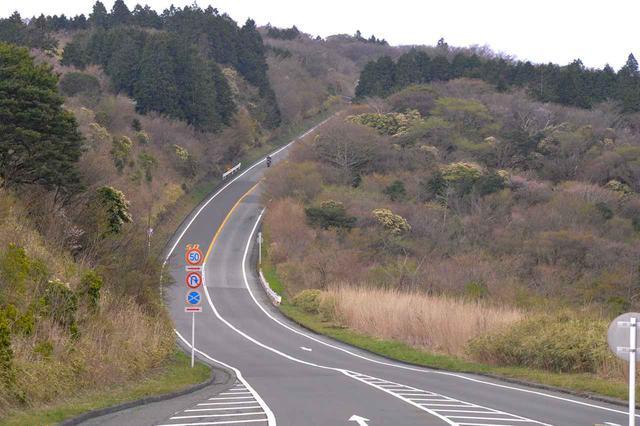 画像: 山道最速王決定戦の会場となっている、アネスト岩田 箱根ターンパイクの一部。
