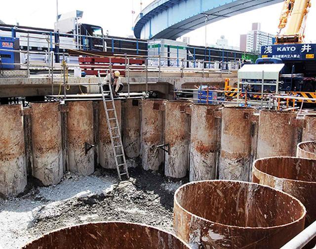 画像: 首都高速の工事現場。