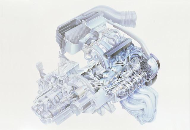 画像: 660 MTREC(エムトレック)12バルブエンジン。高回転型の自然吸気エンジンだ。