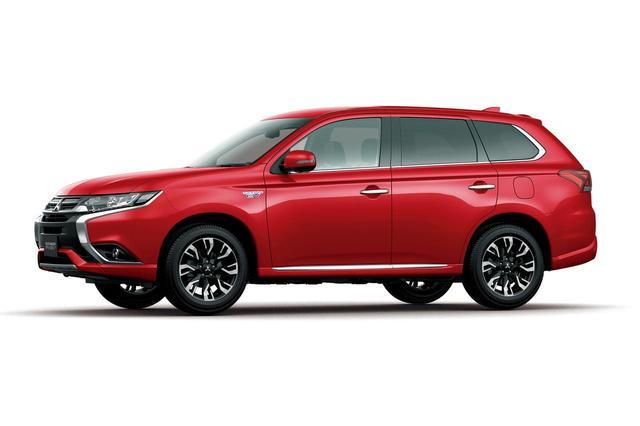 画像: アウトランダーPHEV。2013年1月24日発表 車両価格:365万9472円〜478万9260円