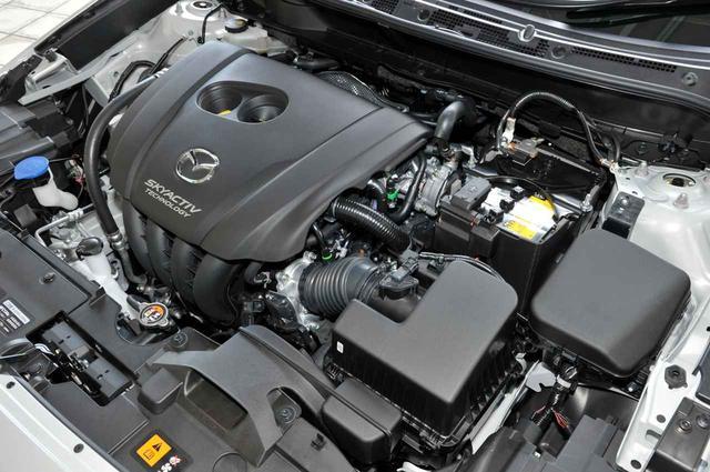 画像: ガソリン仕様の2L直4エンジンも改良され、燃費やパワーを改善。