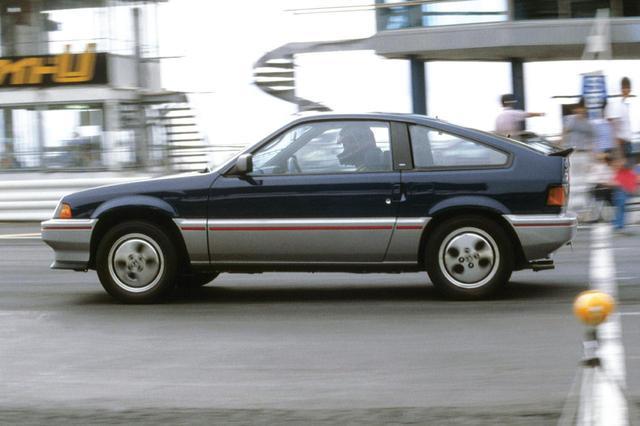 画像: ホンダ バラードスポーツ CR-X。軽量さにより0→400mは15.20秒で、これは当時のフェアレディZ 300ZXに次ぐ記録だった。